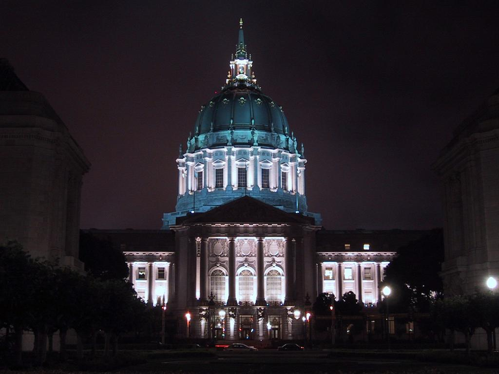 San Francisco, California City Hall at night wallpaper