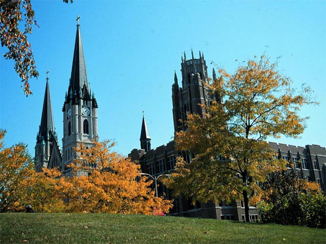 Marquette Hall in Fall wallpaper